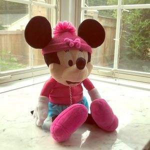 Shivering Minnie Mouse toy